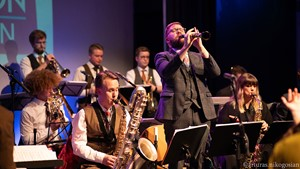 Down for the Count Big Band - 1920s 1930s 1940s big band performing live vintage music. Clarinet Alex Western-King.