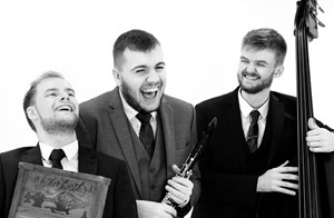 Alexander's Dixieland Band - roaming acoustic band for festivals and events