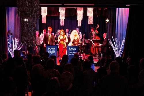 Live Christmas music in Buckinghamshire with swing and soul band Down for the Count