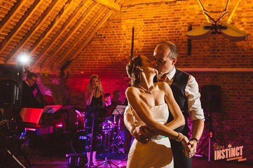 The first dance to live jazz, swing and soul music at a wedding reception in Oxfordshire
