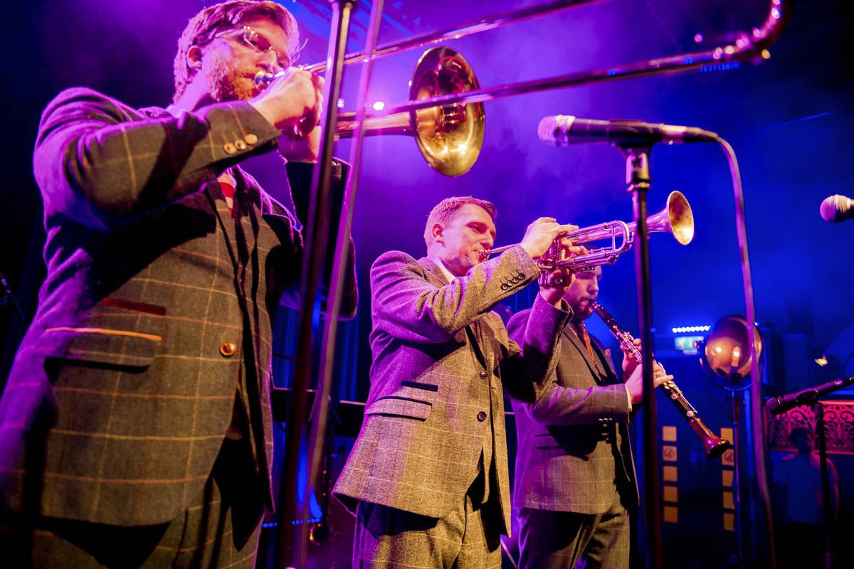 Hire Swing Band|Hire a Swing Band|Down For The Count